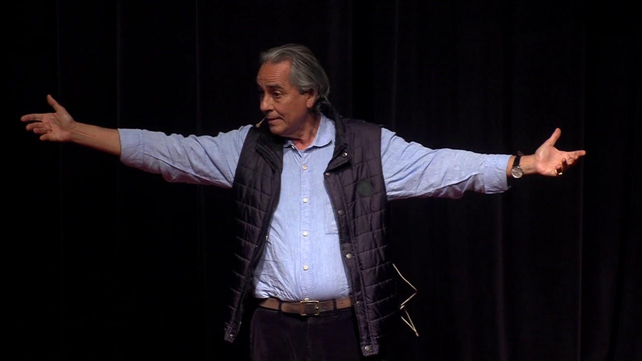 Normose: a patologia da normalidade | Roberto Crema | TEDxLaçador